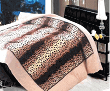 תמונה של שמיכת פינוק פלנל מיטת יחיד מודפסות ממולאות FLANNEL RC131201