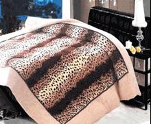 תמונה של שמיכת פינוק פלנל מיטה זוגית מודפסות ממולאות FLANNEL RC131201